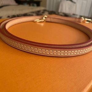 Vachetta leather strap